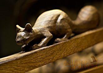 polandhandmade.pl #polandhandmade #rzeźba  Wiewiórka - dziadek do orzechów. Śmiało można nim rozłupywać najtwardsze orzechy. Testowaliśmy to, zanim wydaliśmy wiewiórę w dobre ręce, do dobrego domu.