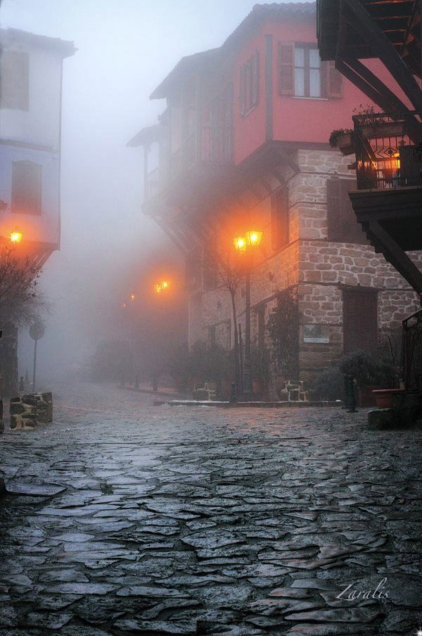 Lost in the mists of time - #halkidiki #Macedonia, northern #Greece - #winter #holidays #cobblestonestreets