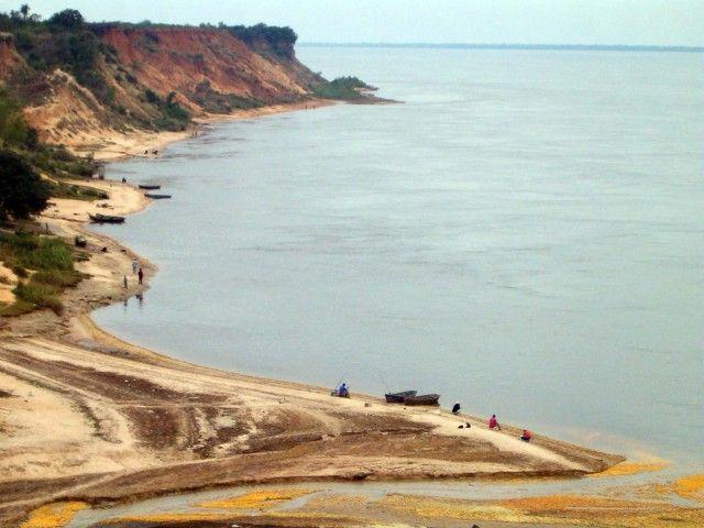 Río Paraná en Bella Vista, prov. de Corrientes, Argentina