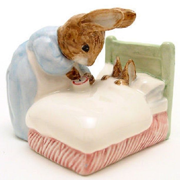 "Beatrix Potter figurine ""Peter In Bed"", New in box 1994"