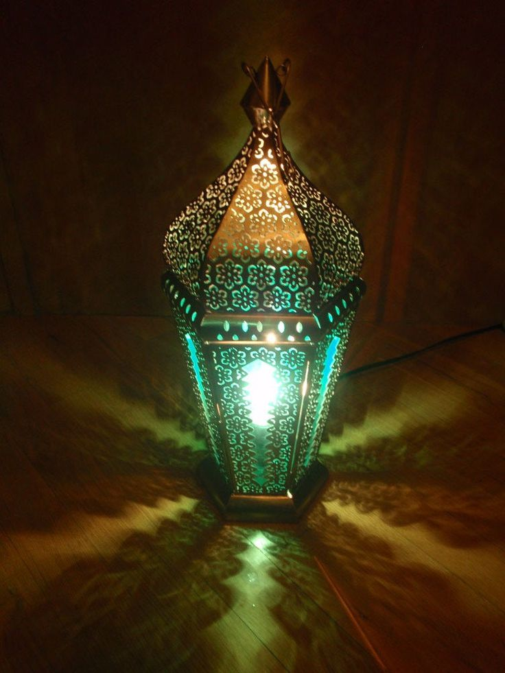 Anthropologie inspired ornate Indian lamp. $82.00, via Etsy.