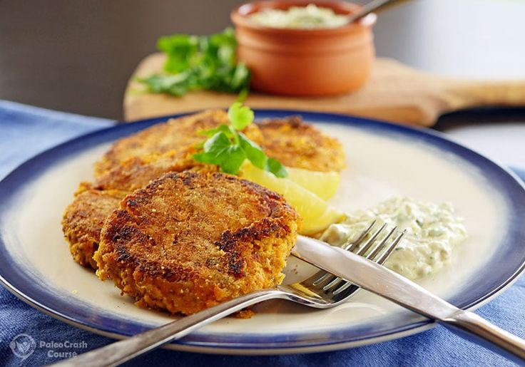 These tasty paleo salmon cakes make for a fantastic lunch or dinner. They combine a sweet potato mash with pink salmon and dill. It is a seafood dish that won't disappoint.