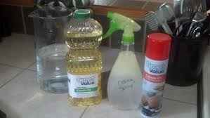 """Time to Divorse """"Pam"""" and Marry Homemade Cooking Spray   Homemade cooking spray. I wish I would have thought about this 100 Pam's ago"""