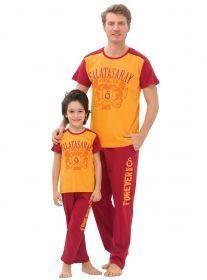 Lisanslı Galatasaray Taraftar Pijama & Kapri & Tayt Takımları #taraftarpijama #fenerbahçe #galatasaray #beşiktaş #trabzonspor #pijamatakımı #kapritakım #tayttakım http://www.pijama.com.tr/search/taraftar
