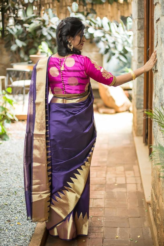 Graceful Navy Blue saree with Pink Blouse