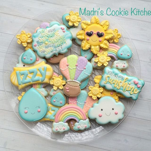 You are my sunshine....#madriscookiekitchen #decoratedcookies #youaremysunshine