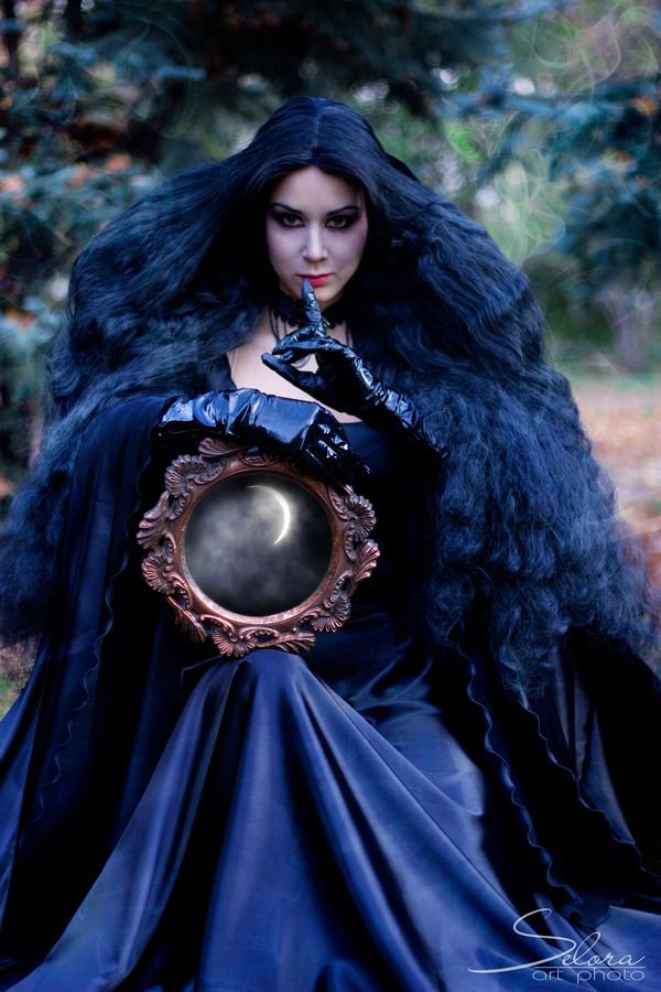 56 best images about gorgeously goth on pinterest dark for Mirror of the witch