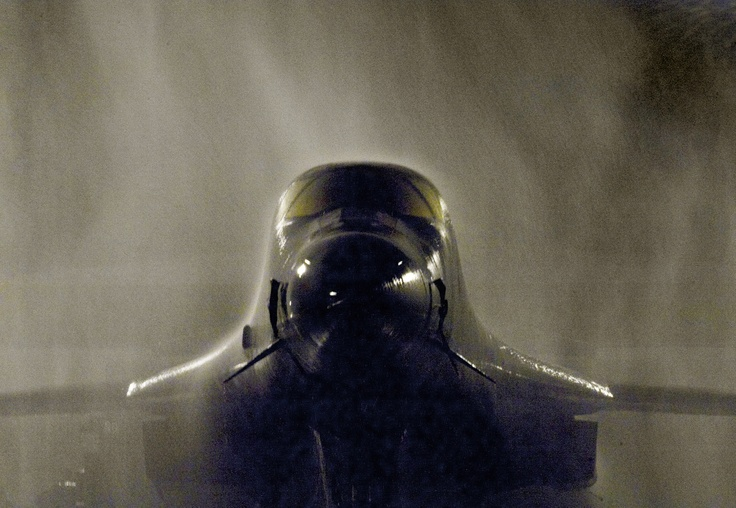 ...  Is it just me, or does this plane have a haunting resemblance to Darth Vader ? ..