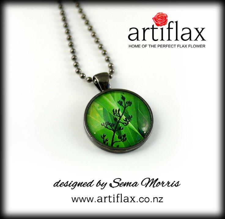 Emerald Harakeke dome necklace - original art work by Sema Morris