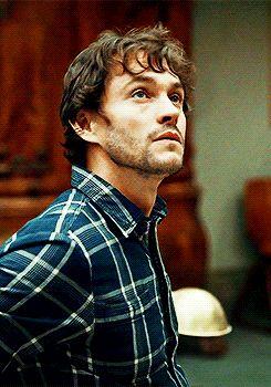 Hannibal. Hugh Dancy (Will Graham)*gif This smile. :3