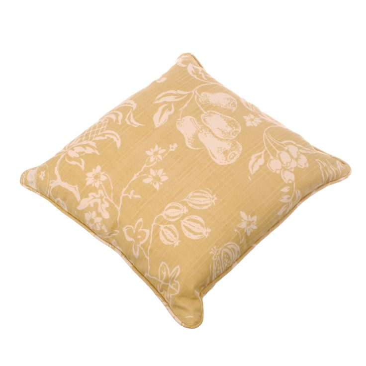 Cushion in Gold Chelsworth