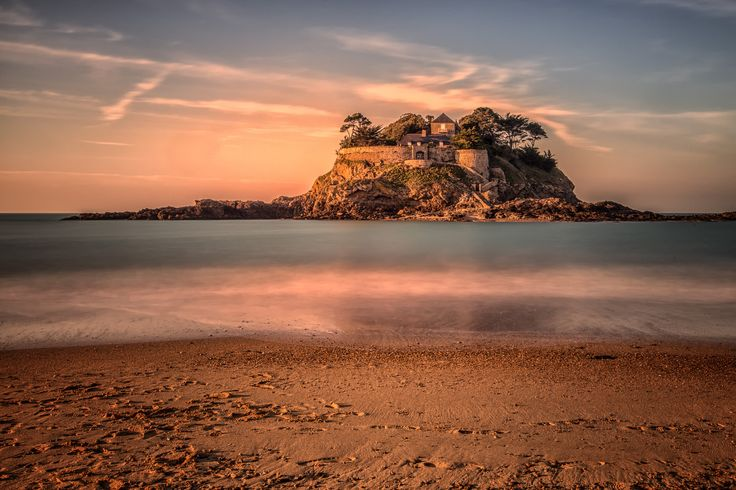 Ile du Guesclin by Martine Guay on 500px