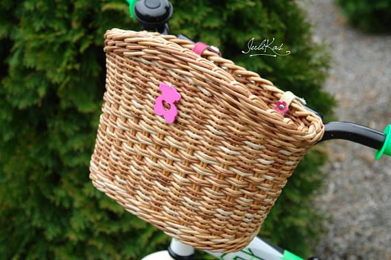 #bicyclebasket  #coloredbaskets  #giftforcyclist  #wickerbasket #basketforBike  #wickerbasketsmall  #bikebasket  #upcycledbasket  #smallbasket  #bikebasketbeige  #beigebasket  #bikebag #girlsbikebasket