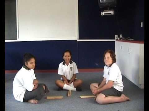 Raukau Sticks - Maori Stick Game