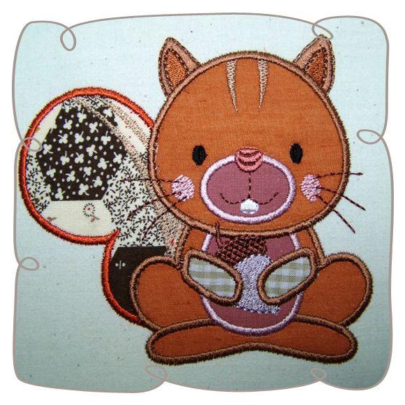 Applique Squirrel Critter Machine Embroidery design