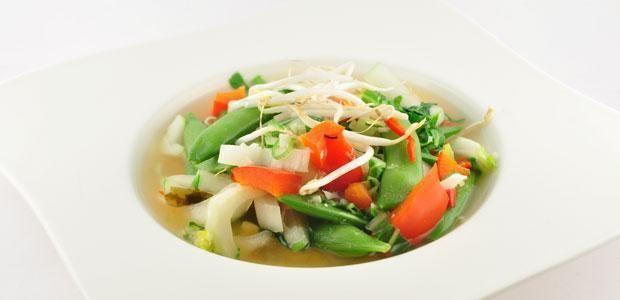 Hetmiso soeprecept Over de Miso soep Miso soep is razendsnel te bereiden en dit recept zorgt voor een heerlijk en zeer rijk gevulde miso soep. Vol verse groente en een lekker stukje vis. In plaats van vis kun je ook tofu gebruiken of je kiest ervoor om de soep te maken met ei. Ook met de