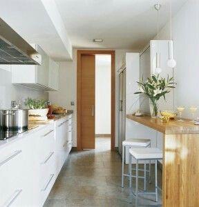 Pingl par lolo 84 sur kitchen design 1 cuisine troite cuisine longue et cuisine ferm e - Cuisine etroite et longue ...