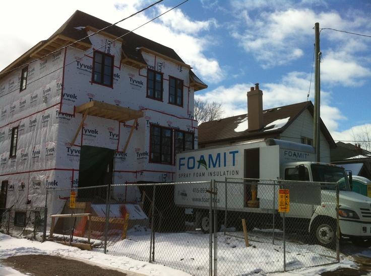 Spray foam insulation of a house in Toronto, Yonge & Sheppard