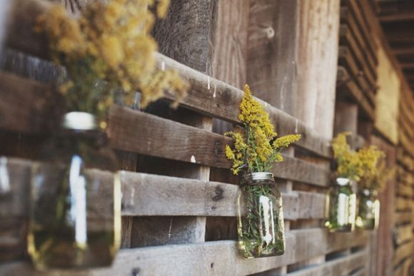 Color Palette Inspiration: Mustard & Wood  http://blog.freepeople.com/2012/07/color-palette-inspiration-mustard-wood/