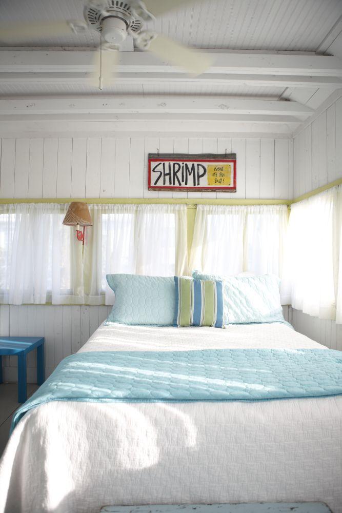 Top 25+ best Beach cottage bedrooms ideas on Pinterest ...