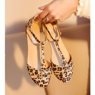 Leopard Print Flat Heel Women's Sandals 2013 Summer Women Summer Shoes 2013 Summer Shoes Fashion Sandals Sweet Free Shipping $14.99