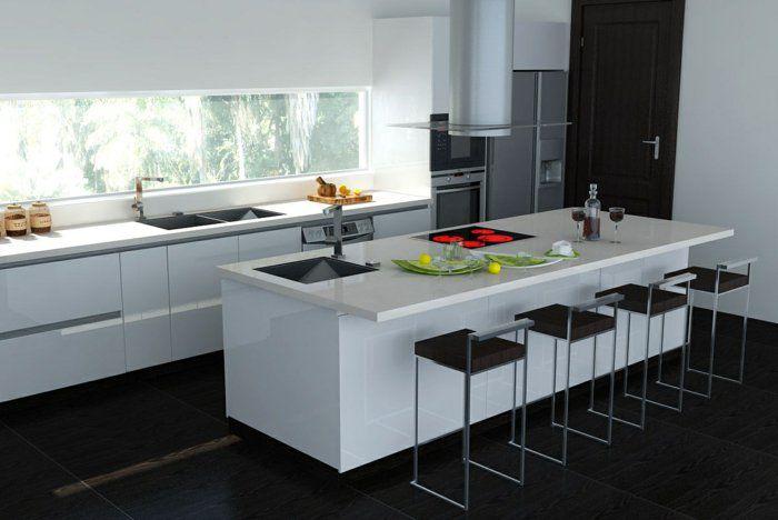 cuisine laquée de couleur blanc avec un ilot de cuisine central