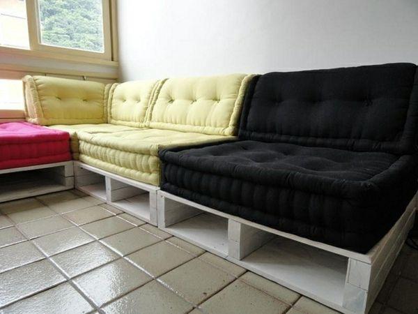 the 25 best ideas about sofa aus europaletten on. Black Bedroom Furniture Sets. Home Design Ideas
