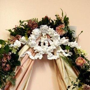 Floral Wreath Bed Crown