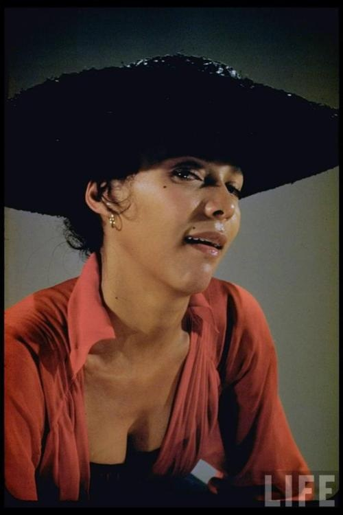 "dandridge single women Dorothy dandridge by sara jordan  halle  dandridge was distraught and worried how she would make ends meet as a single mother  the women on the ""best."