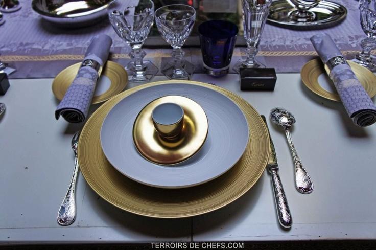 Le Plaza Athénée célèbre les arts de la table à la française