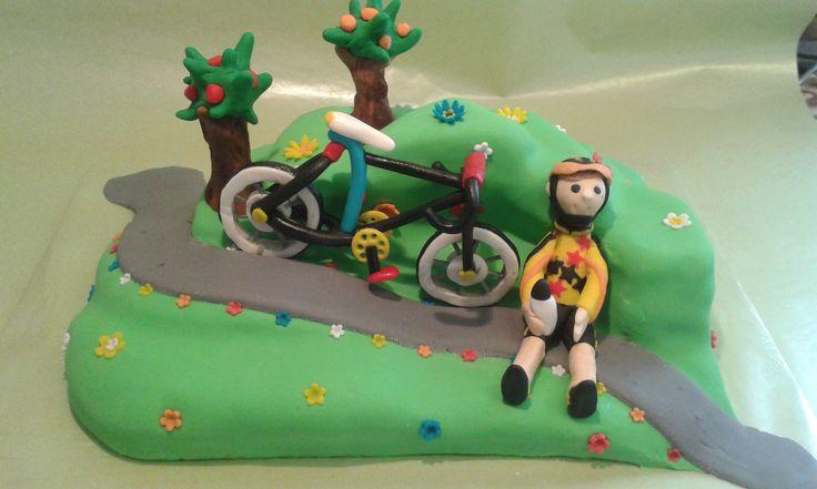 Bicajos tortám.