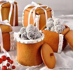 Новогодние подарки своими руками. Съедобные пряничные коробочки с конфетами (7) (677x656, 331Kb)