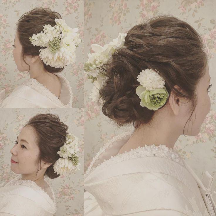 いいね!78件、コメント2件 ― 沖縄 Hair Make & Bridal JOYさん(@okinawabridaljoy)のInstagramアカウント: 「*** 和装ヘアはたっぷりのお花で華やかに✨ ***** #20170121 #和装#白無垢#和装髪型#プレ花嫁#読谷joy #花嫁ヘアメイク…」