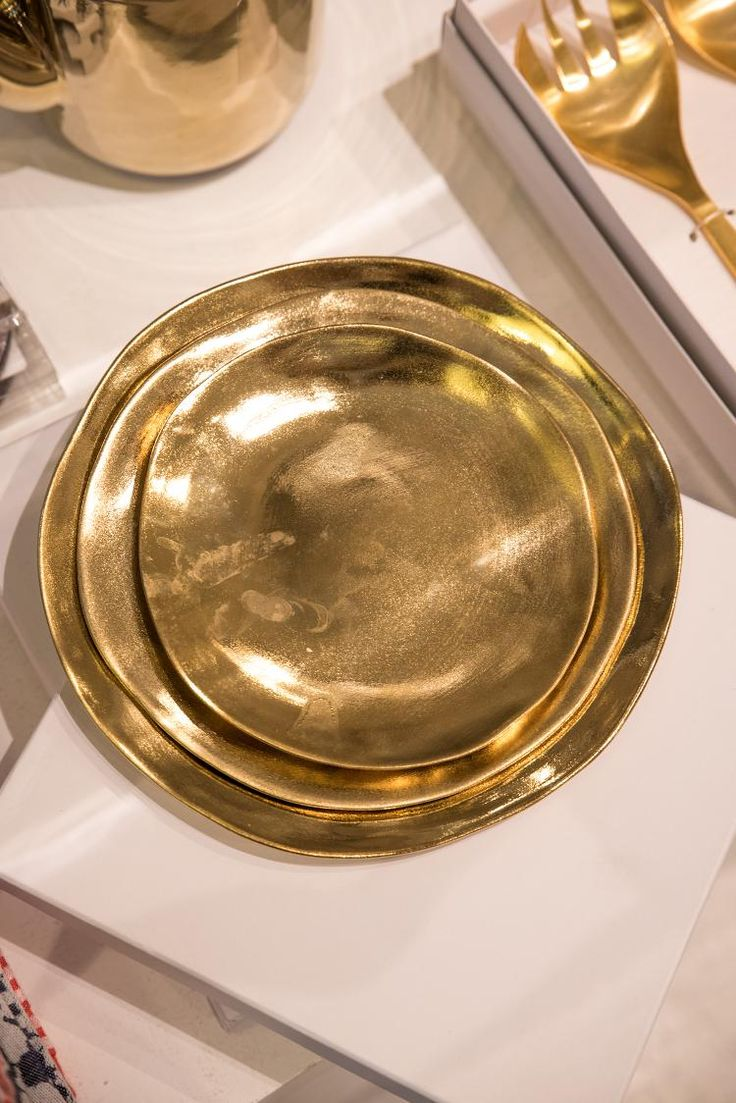 &Klevering - Bordenset Imperfect - Goud
