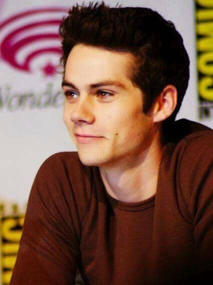 Hey. I am Dylan Carson. I am 18 and single *winks* I am a troublemaker, that's why I am here. Introduce?