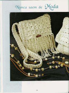 Delicadezas en crochet Gabriela: Bolsas ,carteras y bandoleras multiuso tejidas a crochet