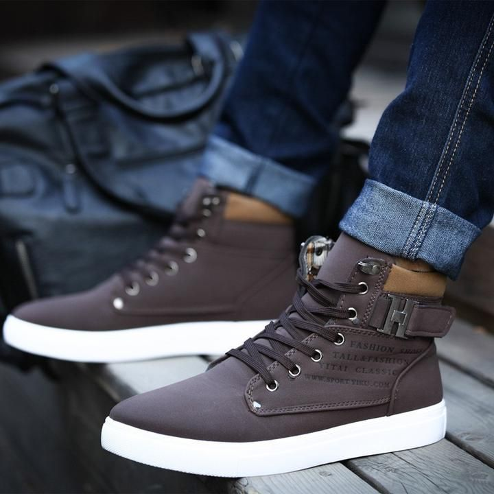 Hot Buckle Ankle Lace-Up Men's Shoes These casual canvas shoes are a statement in footwear fashion in Autumn and Winter season. They come in variety of choice in colour and are waterproof and light wearing pu leather. These are also featured with plush lining for added comfort in wear