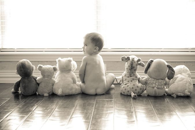 "This is a good photo to try when your baby is around 6months+. They are able to sit fairly well on their own. Black and white adds a vintage touch that really ""makes"" this photo"