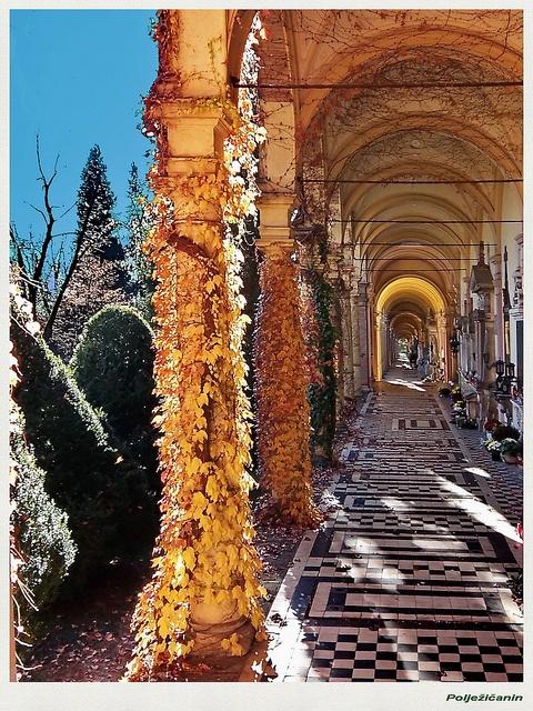 """Cemetery """"Mirogoj"""" in Zagreb by Polježičanin, via Flickr"""