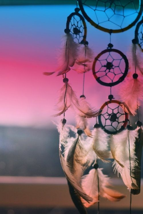 Dreamcatcher...love the background colors