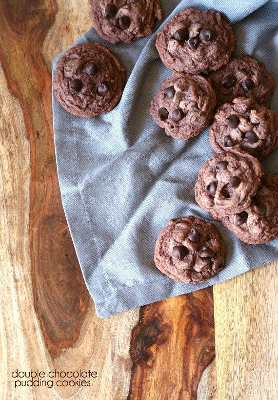 SOft Double Chocolate Pudding Cookies.. SO simple and delicious!