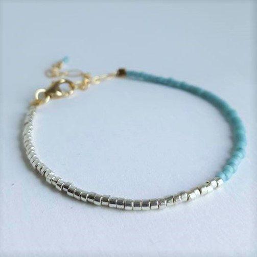 Two Toned Minimalist Bracelet // Blue and Silver Color Bracelet // Stacking…