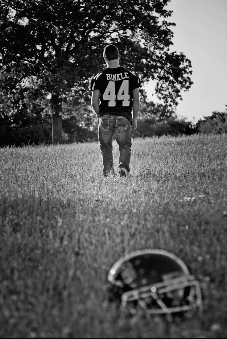senior picture idea I could pile different things up where the helmet is