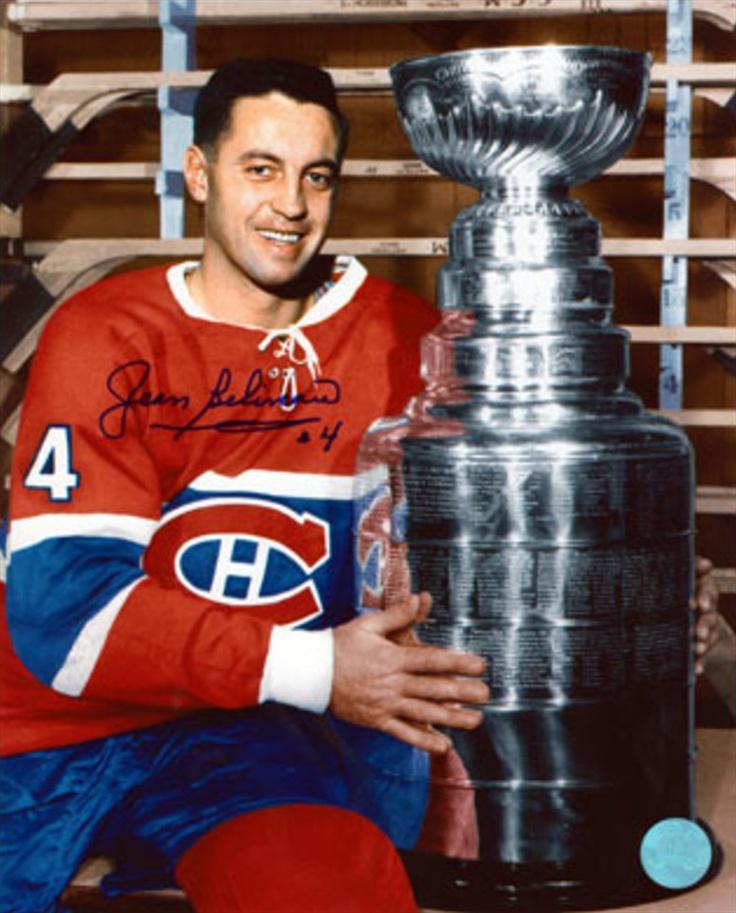 Jean Béliveau (C) : Jean Arthur Béliveau (né le 31 août 1931 à Trois-Rivières au Québec, Canada) est un joueur de hockey sur glace canadien. Il a remporté la Coupe Stanley à dix reprises, dont un nombre record de cinq fois comme capitaine (20e capitaine de l'équipe) des Canadiens de Montréal. Avec son imposante stature ainsi que sa robustesse, Jean Béliveau, surnommé « Le Gros Bill », est considéré comme un modèle par la génération montante des joueurs de hockey LNH.