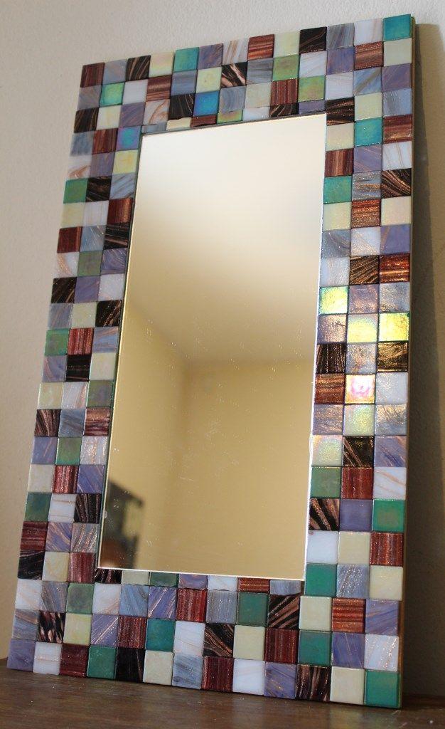 Espejo con venecitas tornasoladas ideas geniales for Mosaicos para espejos