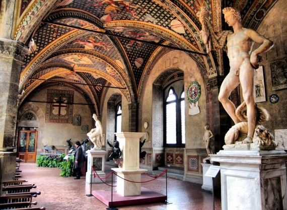 wander around the Bargello National Museum in Florence