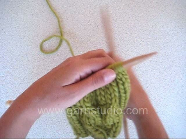 DROPS Knitting Tutorial: How to knit a cable over 4 sts without a cable needle