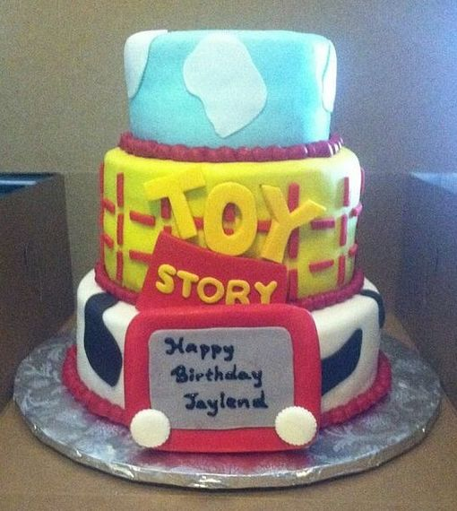 Cake By Rowena (Los Angeles Area) Follow On Instagram