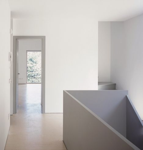Painted House by Jonathan Woolf architects
