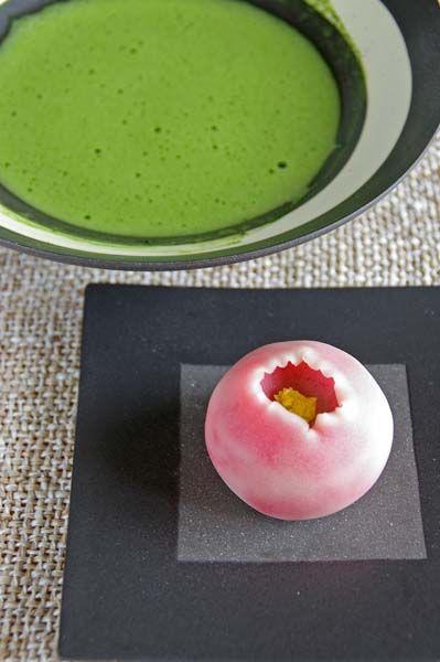Japanese matcha tea and sweets